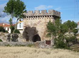 Puerta de entrada a Aguilar