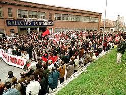 Manifestación en la fábrica de Fontaneda