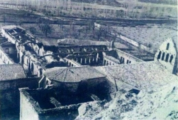 Monasterio destruido