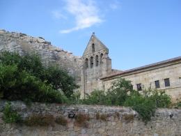Monasterio-Espadaña-Risco