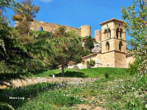 El Castillo y Santa Cecilia
